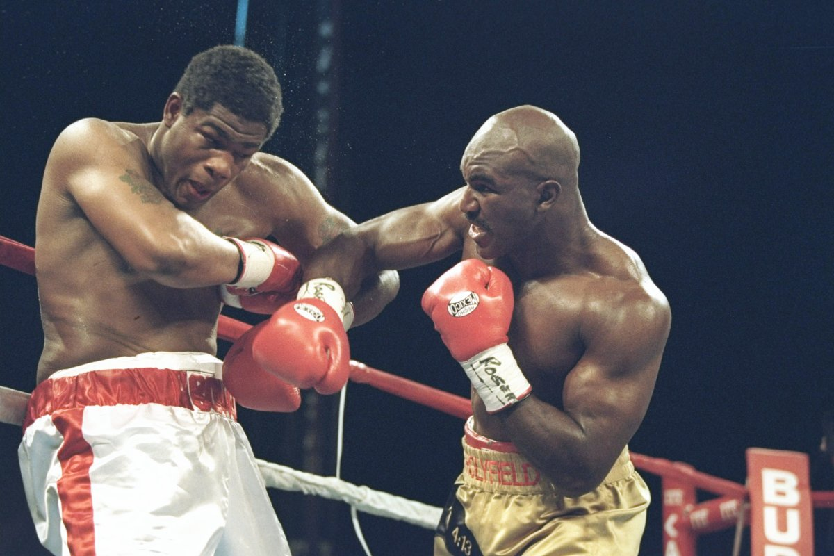 Photo of Evander Holyfield report: He beat Mike Tyson and George Foreman however suffered these ten defeats in glittering profession