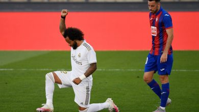 Photo of Marcelo kneels in solidarity with Black Lives Matter motion as Actual Madrid beat Eibar to maintain strain on LaLiga leaders Barcelona