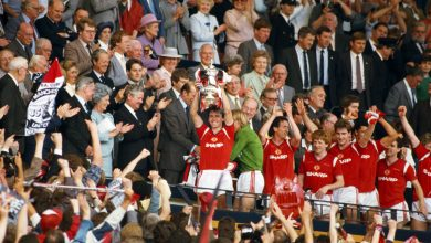 Photo of Manchester United legend Mark Hughes missed FA Cup trophy elevate in 1985 and vowed by no means to take action once more