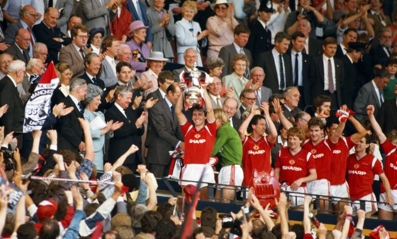 Manchester United legend Mark Hughes missed FA Cup trophy lift in 1985 and vowed never to do so again