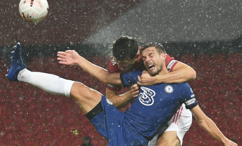 Cesar Azpilicueta and Frank Lampard in disbelief as Chelsea are denied 'clear penalty' in draw at Manchester United