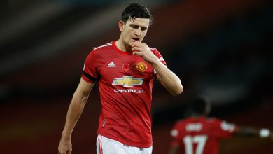 Photo of Manchester United captain Harry Maguire responds to Roy Keane's lack of management jibe, with supervisor Ole Gunnar Solskjaer unfazed by criticism