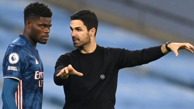 Photo of Thomas Partey set to overlook Arsenal's subsequent few fixtures with thigh harm, as Mikel Arteta admits he's 'actually involved' by latest droop in type following Wolves defeat